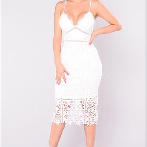 Women's Size XS White Floral Crochet Summer Dress